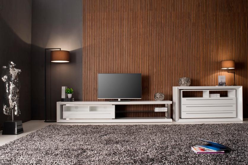 Gloss White Cabinets | Malibu M240A and M140 | Gainsville